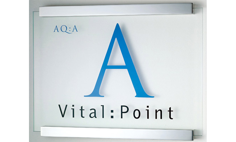 Clear modular sign system