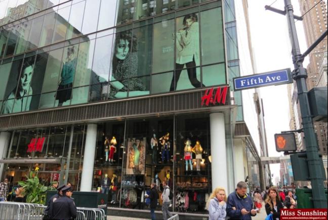 Retail Sign & Display Development for Large Retailer