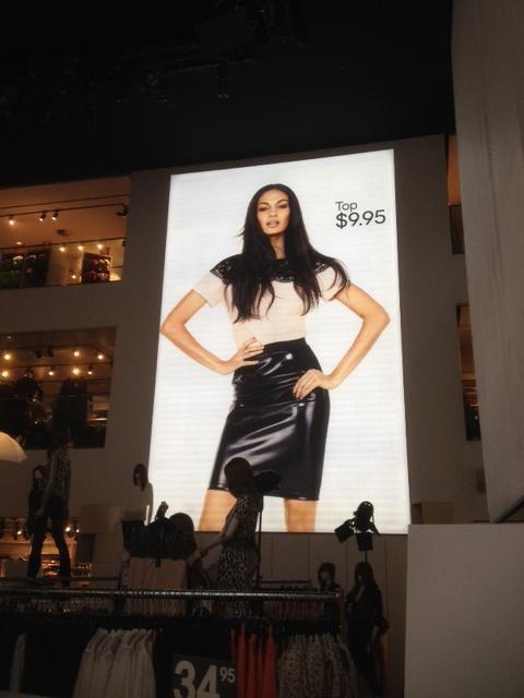 Illuminated Signs at H&M